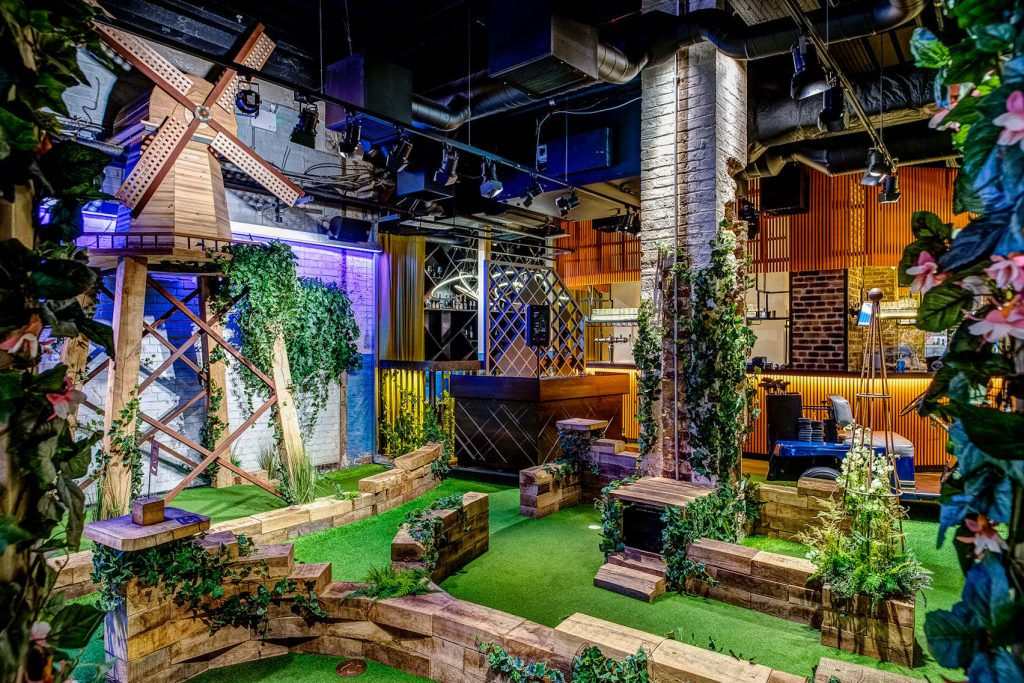 crazy golf venue with a theme