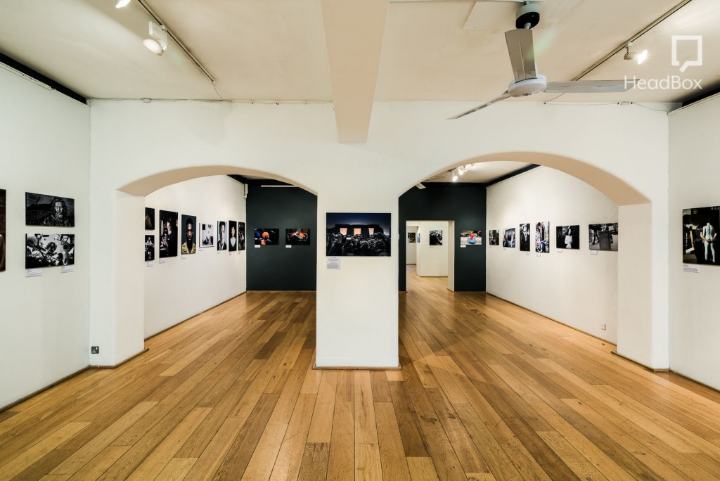 two archway gallery at mall galleries