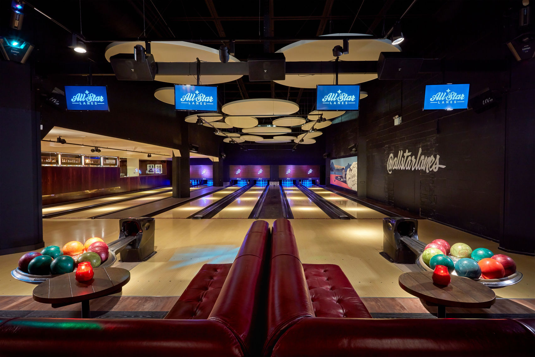 Bowling alley at all star lanes