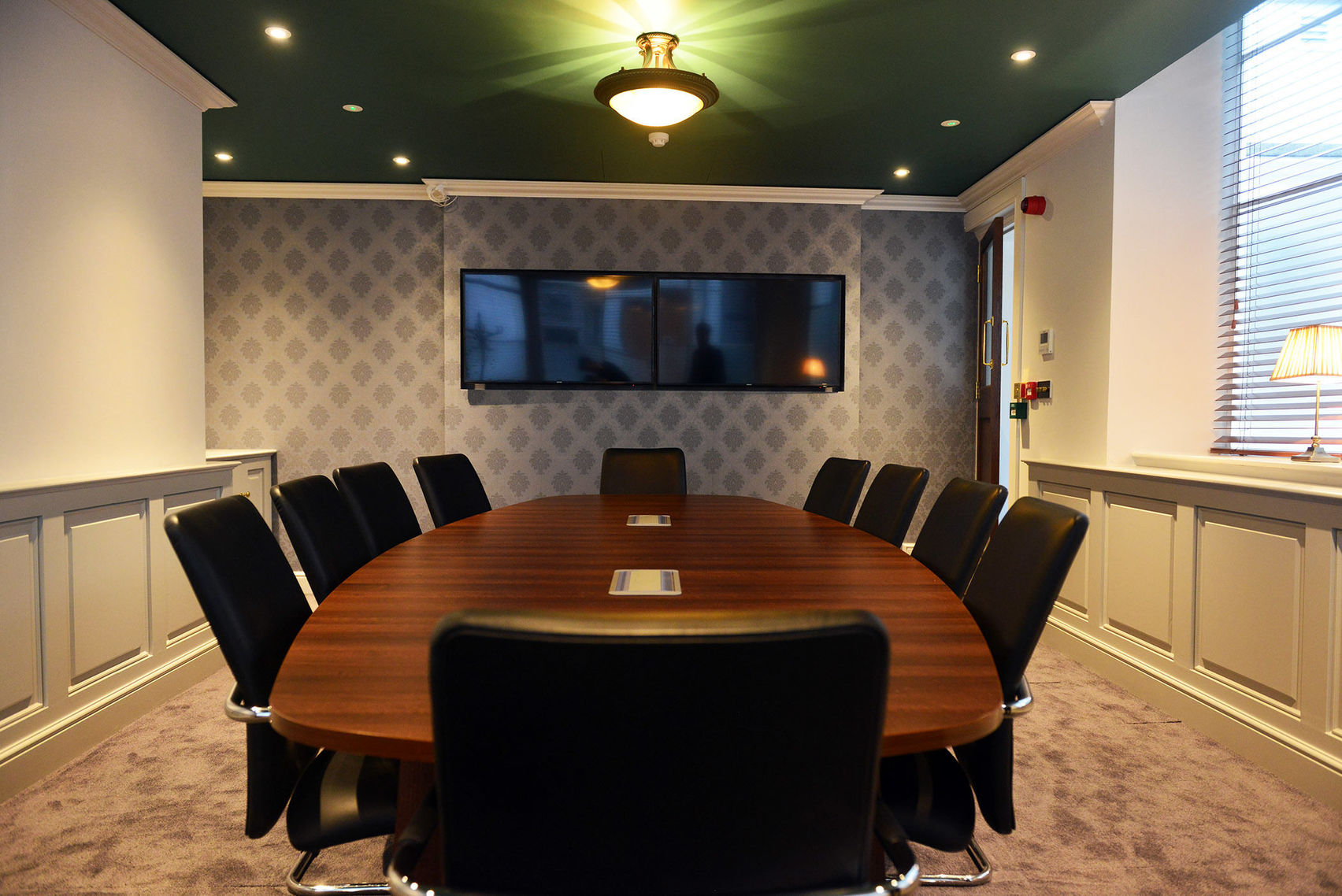meeting room with 2 screens