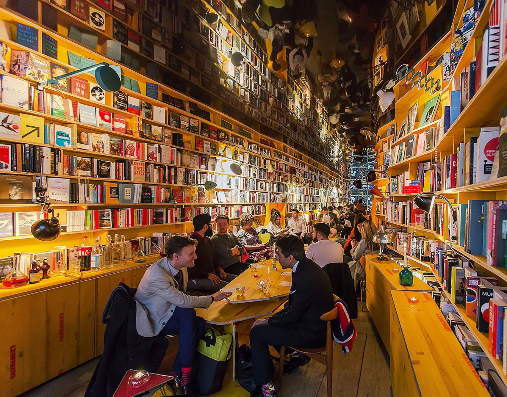 unusual meeting room at Libreria
