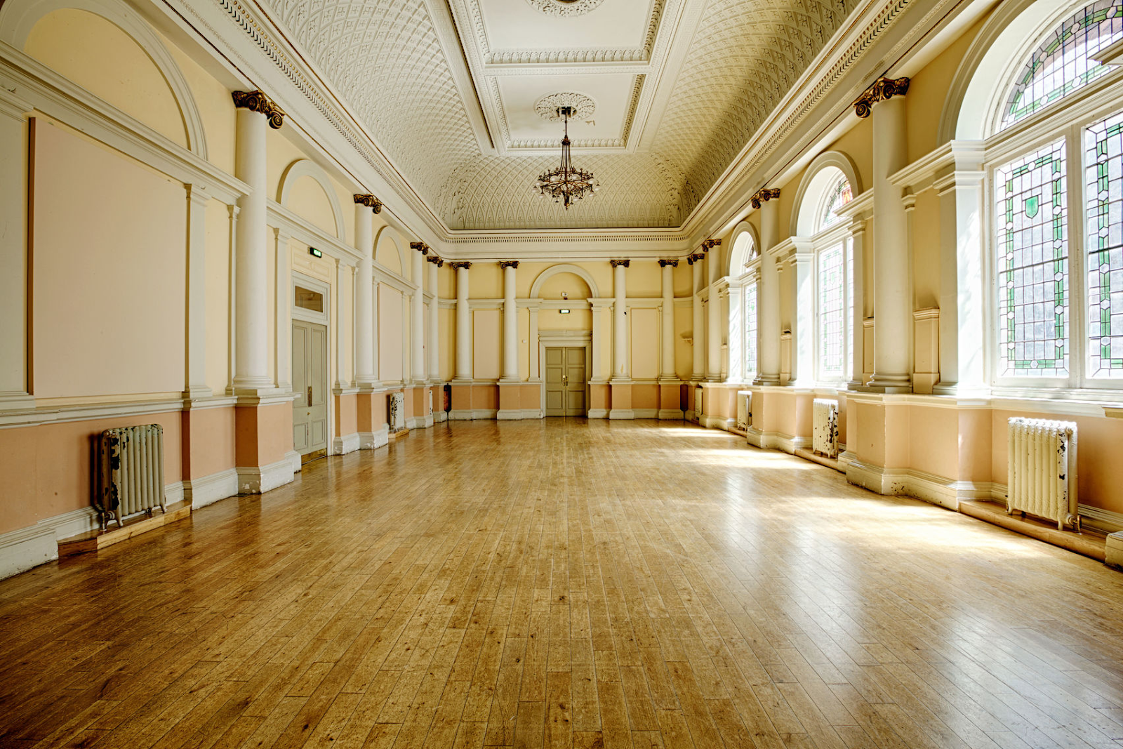 council chamber at shoreditch town hall is a grand event space in London